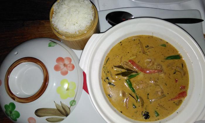 indochine-curry-rojo-pollo