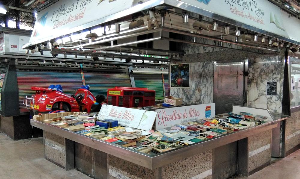 parada-llibres-mercat-gracia