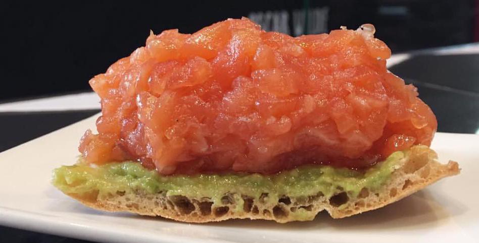 cachitos-digonal-salmon-montadito