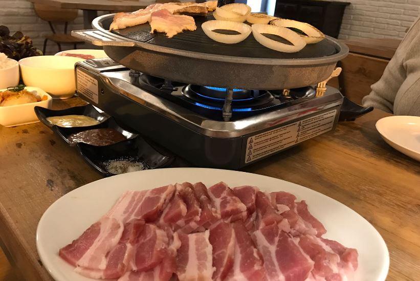 Cafe-Modu-Restaurante-Coreano-Gracia-Barcelona-Barbacoa