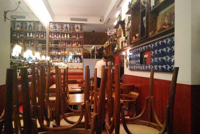 Bar Cañete Raval - decoración