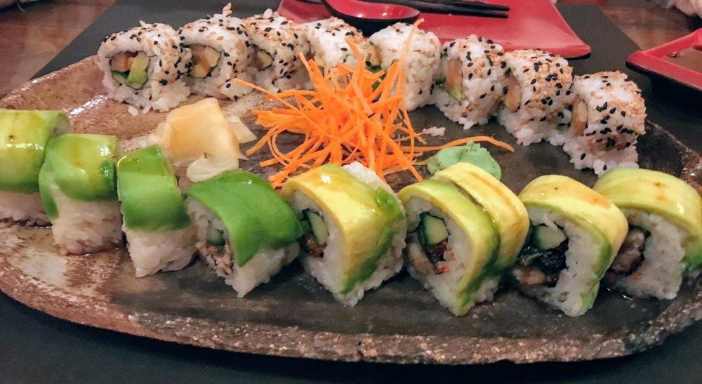 Kynoto Sushi Bar Restaurante Japonés romántico Gòtic - gyozas - makis