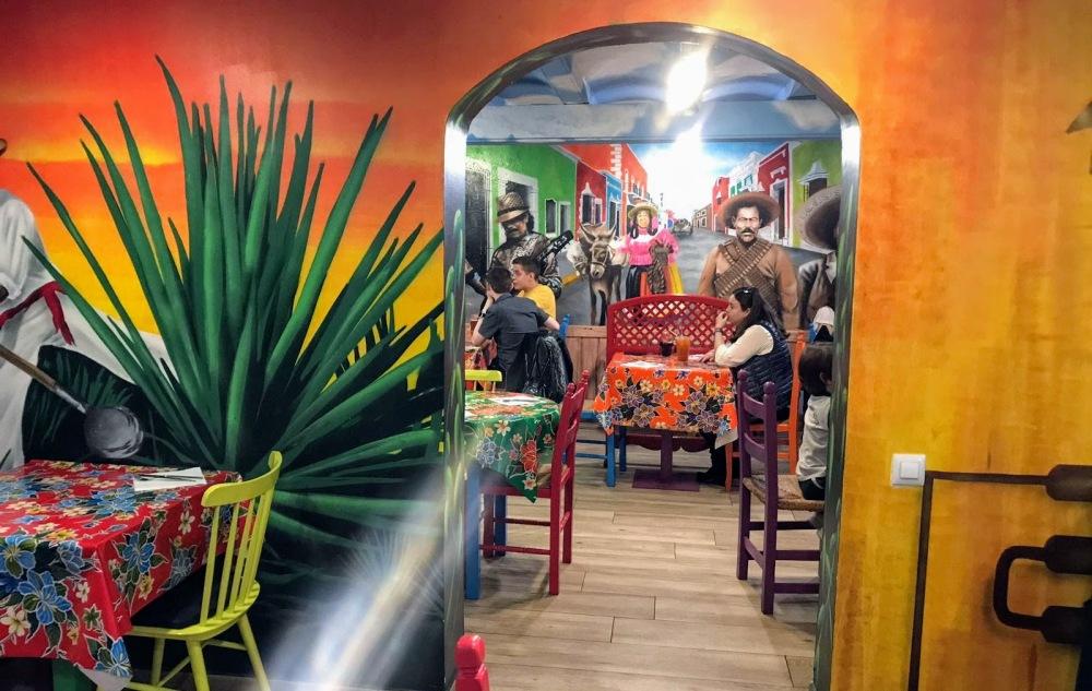 La Hacienda- Taquería mexiana Barcelona Murales