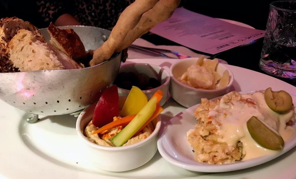 el mama-restaurante con show Barcelona